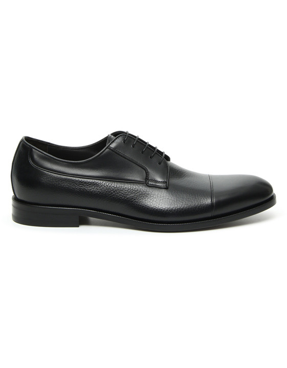Black calfskin derby shoes with tumbled insert