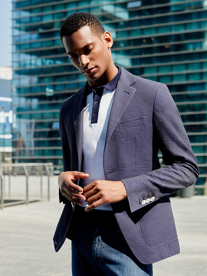 Seersucker clothes: the perfect choice for an elegant summer | Canali