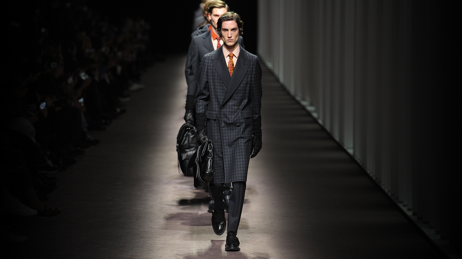 Canali THE FW16 SHOW