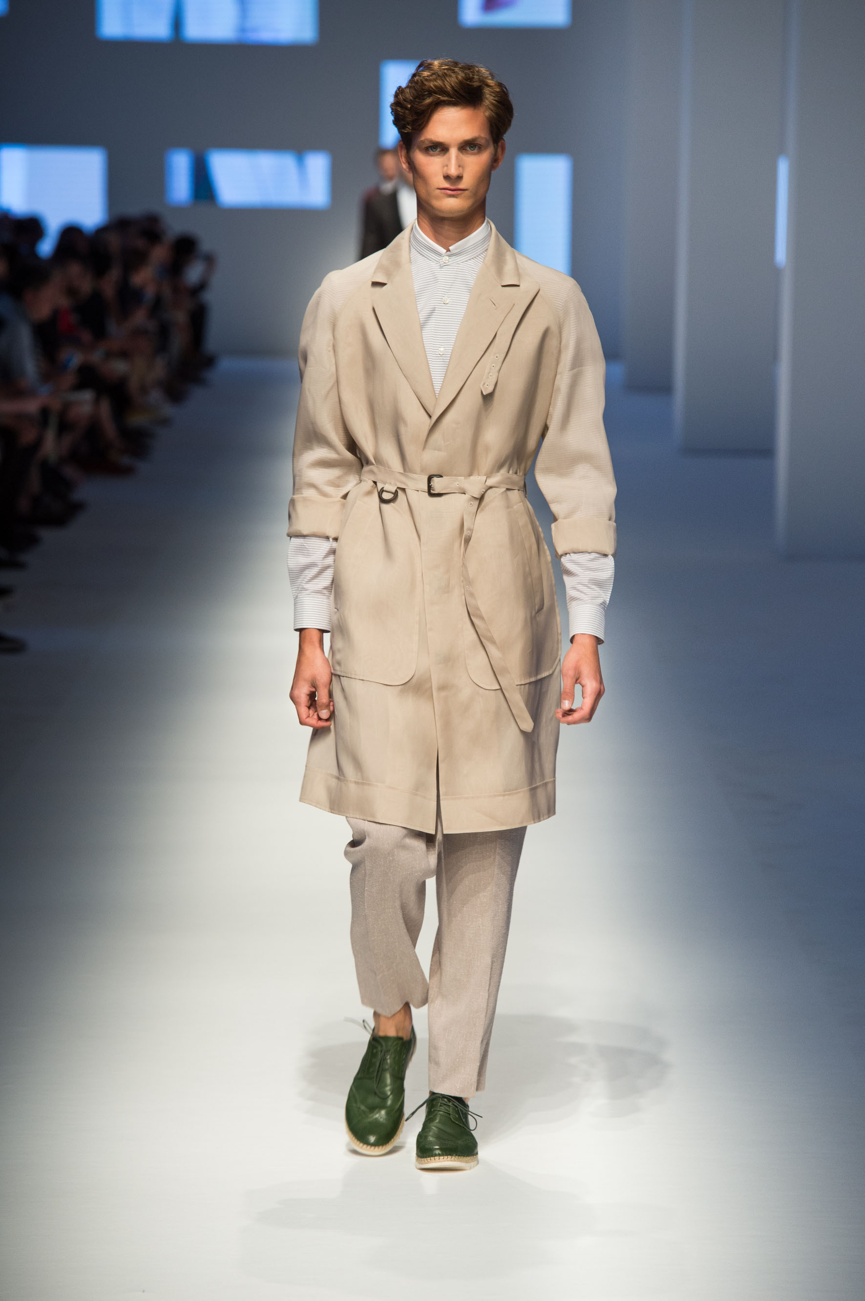 Silk organza trench with oversized pockets, reverse-pleated pants with terry effect, calfskin lace-up espadrilles