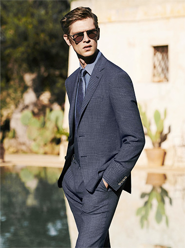 LOOK IMPECCABLE IN IMPECCABILE