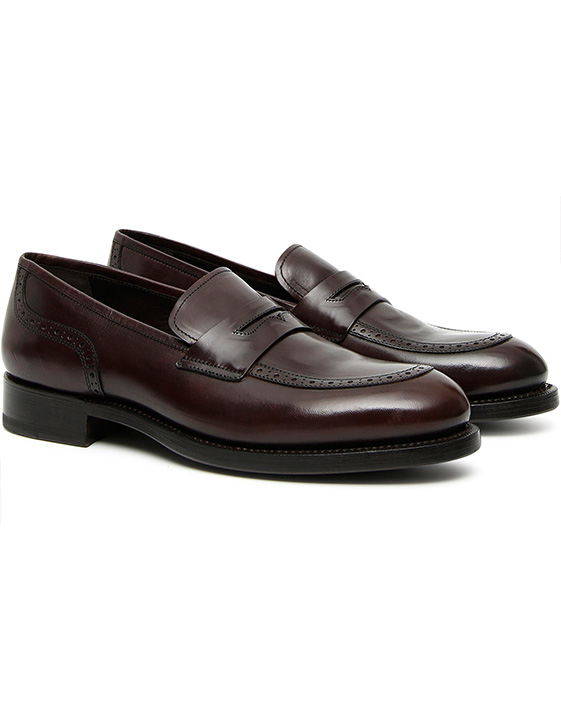 BROWN VEGETABLE-TANNED BROGUE LOAFERS